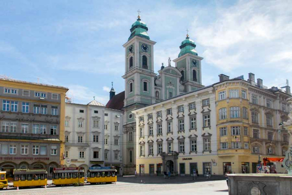 linz_old_cathedral