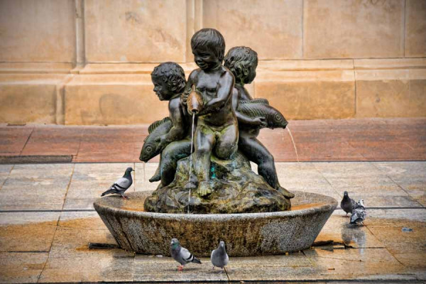 zaragoza_fountain