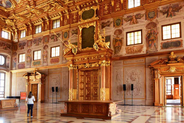augsburg_town_hall_golden_hall