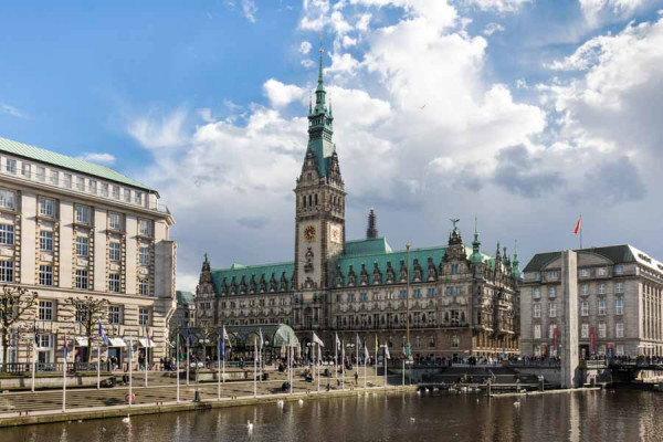hamburg_city_hall