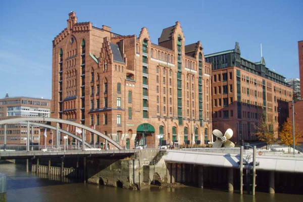 hamburg_international_maritime_museum