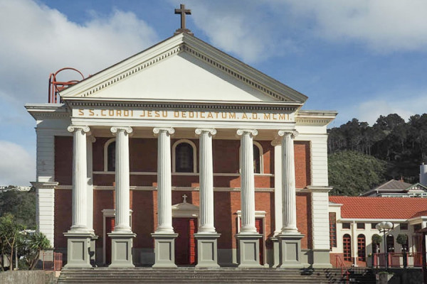 wellington_sacred_heart_cathedral