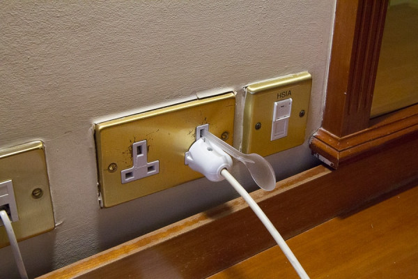 ireland_electrical_socket