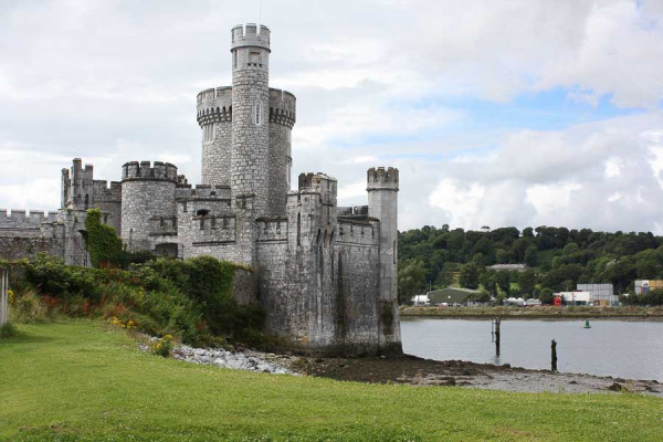 iraland_cork_castle_blackrock