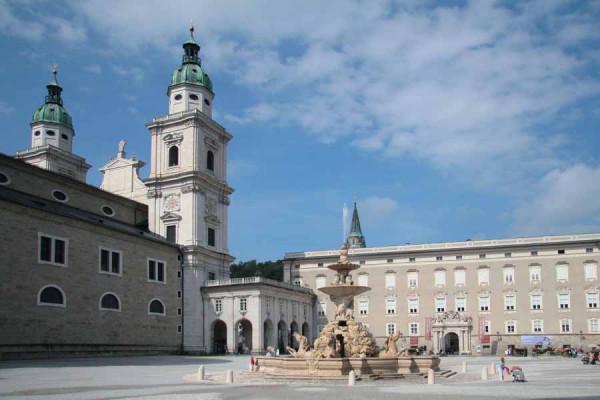 salzburg_residenzplatz