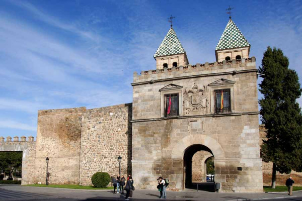toledo_bisagra_gate_old