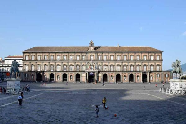 napoli_royal_palace