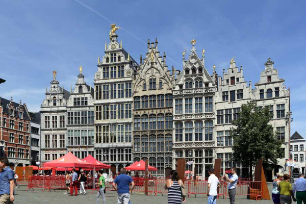 antwerp_guild_houses