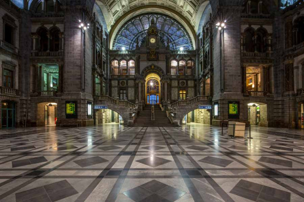 Antwerp_train_station